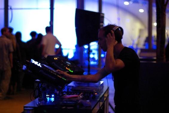 DJ Eric Sharp