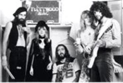 HERBERT  WORTHINGTON - Don't stop thinking about yesterday: Lindsey Buckingham and Fleetwood Mac, at the height of their creative and commercial success