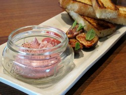 Chicken liver mousse - LOU BUSTAMANTE