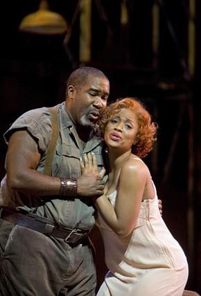 Eric Owens (Porgy) and Laquita Mitchell (Bess) - CORY WEAVER