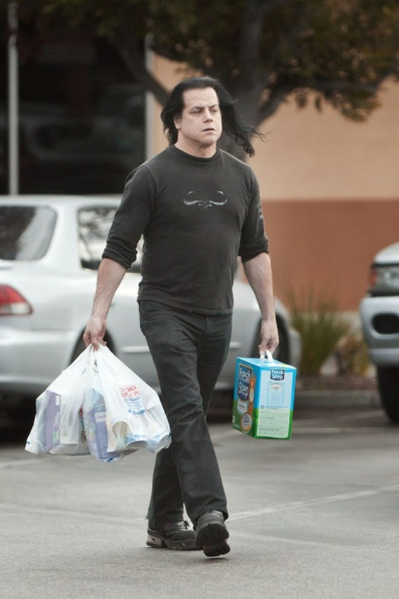 danzig_buying_kitty_litter.jpg