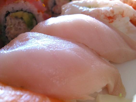 we_be_sushi_yellow_tail.jpg