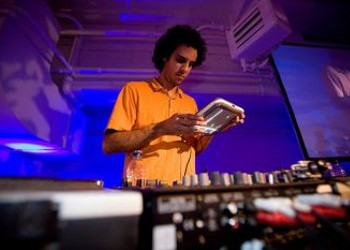 Four Tet's New Single: There is More to 'Love' In Him