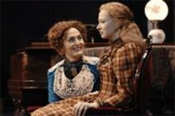 KEVIN  BERNE - Foxy Ladies: Regina (Jacqueline Antaramian) tries to convince her daughter Alexandra (Grace Heid) to move.