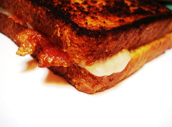 BACON GRILLED CHEESE VIA DARWIN BELL/FLICKR