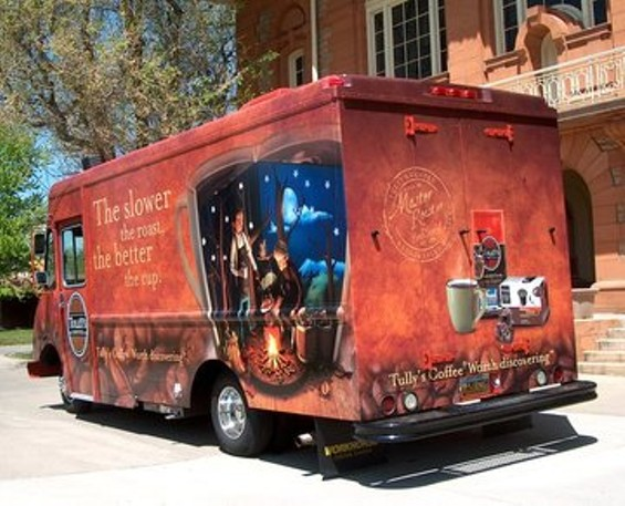 rsz_1tully_s_coffee_discovery_truck_1.jpg