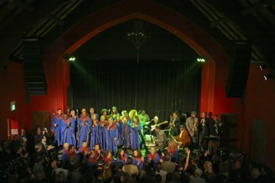 Glide Ensemble - CHRISTOPHER VICTORIO
