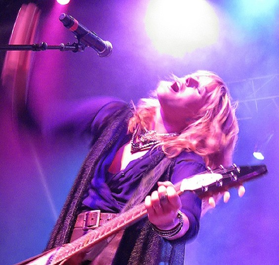 Grace Potter and the Nocturnals at the Fox Oakland on Saturday. - ALL PHOTOS BY SAM PRESTIANNI