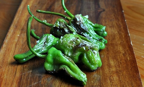 Grilled padrón peppers, from the blog eating/sf. - EATING/SF