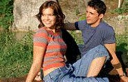 Growing Pains: Anna (Mandy - Moore) wants to lose her virginity to - Ben (Matthew Goode).