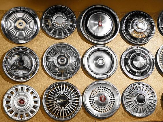 guy_fieri_hubcaps_1_.jpg