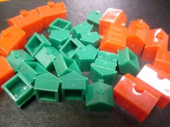 monopoly_houses_thumb_400x299.jpg
