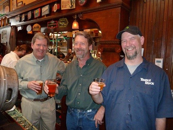 John Martin (left) with his brother Reid (center and brewmaster Rodger Davis - JAY BROOKS/BROOKSTON BEER BULLETIN