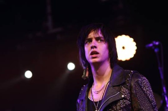 Julian Casablancas - CHRISTOPHER VICTORIO