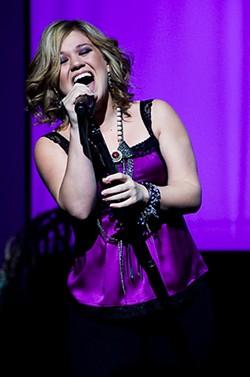 RENEE MCMAHON - Kelly Clarkson