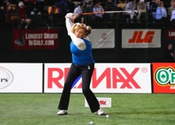 Lana Lawless takes home the 2009 Long Drivers of America title - WWW.LONGDRIVERS.COM