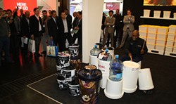 Larry Hunt plays for the crazy crowds of the European packaging industry in Dusseldorf.