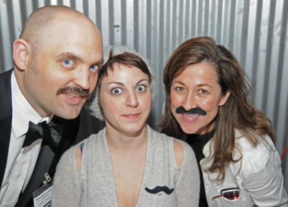 stache_bash_028_1_thumb_400x288.jpg