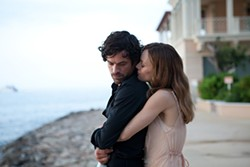 Lazy heiress and chivalrous charmer: Vanessa Paradis as Juliette and Romain Duris as Alex.