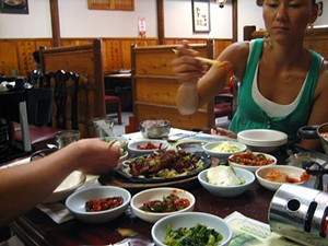 Lunch at Han Il Kwan. - HYPERBOLATION/FLICKR