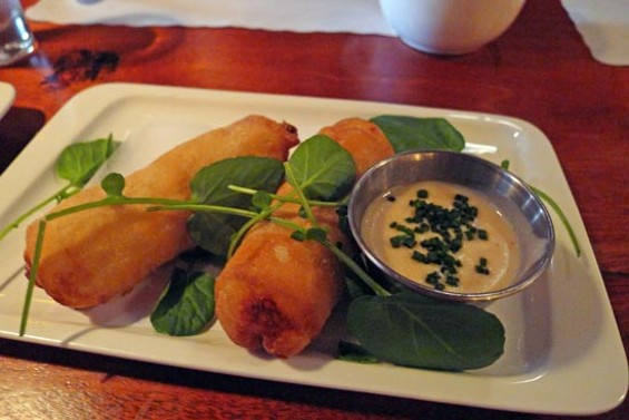 Mac & cheese spring rolls with Cholula fondue - SWEET POTATO WAFFLE WITH PERSIMMONS, POMEGRANATES AND HONEY BUTTER