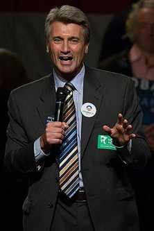 Minny Mayor R.T. Rybak wants you to know that he feels he's juked Gavin Newsom and Ron Dellums on the fantasy football field