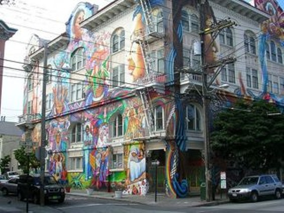 womens_building_mural.jpg