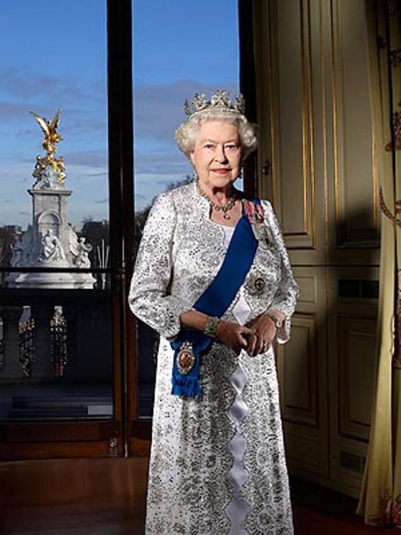 queen_elizabeth_300.jpg