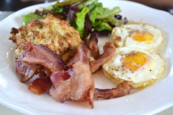 Naked Pig Cafe delivers on the porky goodness - ANASTASIA CROSSON