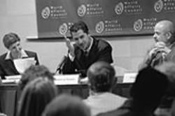 PAOLO  VESCIA - Now an expert on Arab politics, al-Marashi didn't focus - on the subject until 1991.