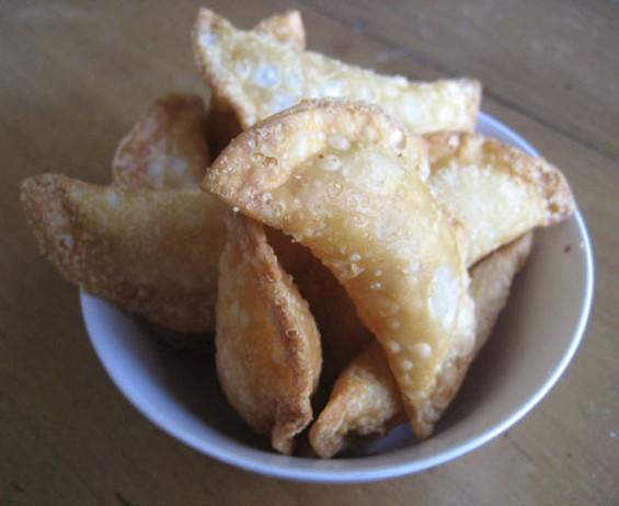 Peanut puffs from Golden Gate Bakery. - JONATHAN KAUFFMAN