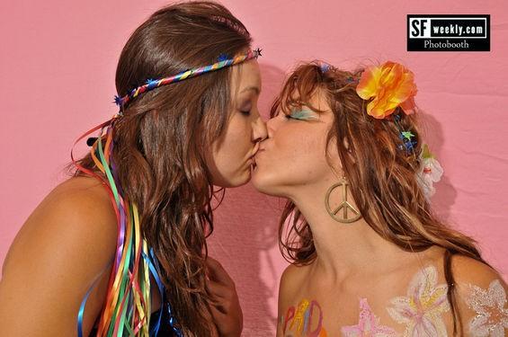 Please enjoy this gratuitious lesbian photo - CALIBREE PHOTOGRAPHY
