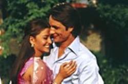 Pretty Persuasion: Lalita (Aishwarya Rai) eventually - succumbs to the charms of Darcy (Martin - Henderson).