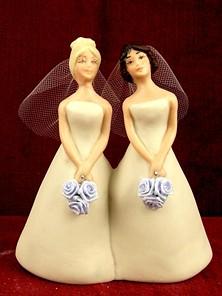 lesbian_wedding_cake_topper.jpg