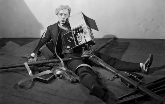 Publicity still from Buster Keaton's The Cameraman