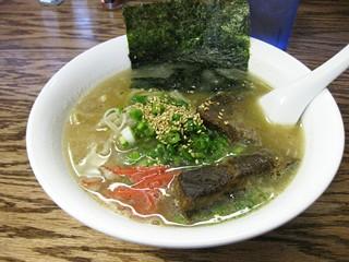 Ramen Tenma's Okinawa soba wth boneless pork ribs. - LUIS CHONG