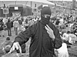 AKIM  AGINSKY - Rock Ninja! sneaks behind the backs of - alternative music fans at BFD.