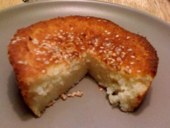 Salvadoran quesadilla: cheesebread meats cake