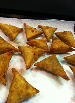 Samosas from Juhu's Facebook page.