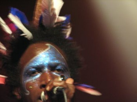 Saul Williams's facepaint resembled a dolphin crossed with the Star Trek logo