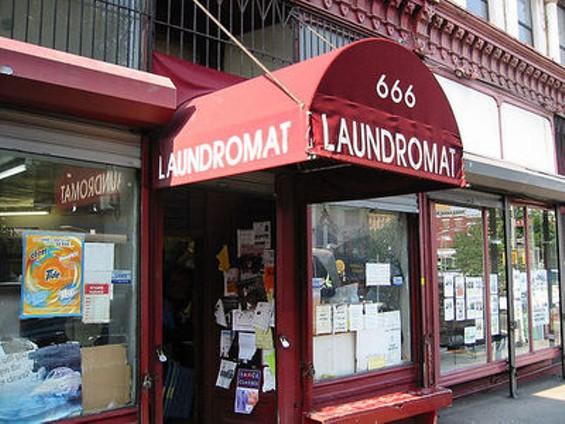 laundromat_image_6_thumb.jpg