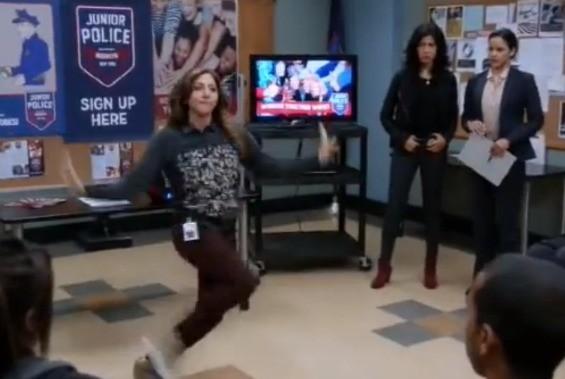 She can dance too! - YOUTUBE