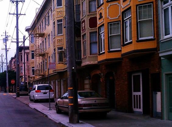 rsz_cars_on_sidewalk.jpg