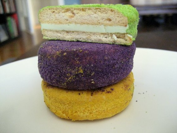 Silvanas in three flavors: pandan, ube, and mango. - JONATHAN KAUFFMAN