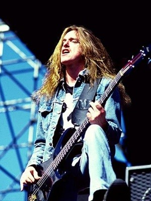 cliff_burton_hesher_film.jpg