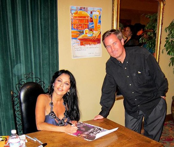 Starstruck: Apollonia and fan