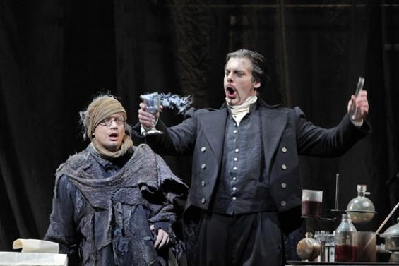 Stefano Secco as Faust and John Relyea as Méphistophélès - CORY WEAVER