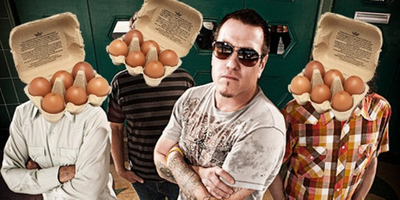 Steve Harwell: Ready to eat eggs. - THRASHHITS.COM