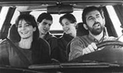 Still Life: The formerly happy family of Laura Morante, Giuseppe Sanfelice, Jasmine Trinca, and  Nanni Moretti.