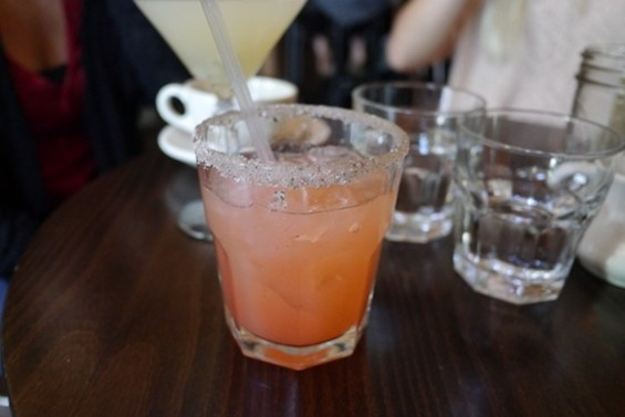 Summer's Arrow: gin, strawberry juice and black pepper